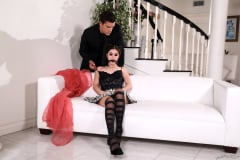 Rosalyn Sphinx - Goth Teen Nymphos | Picture (5)