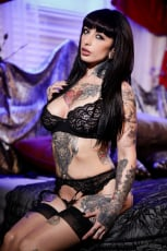 Jessie Lee - Cum On My Tattoo | Picture (1)