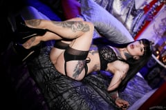 Jessie Lee - Cum On My Tattoo | Picture (4)